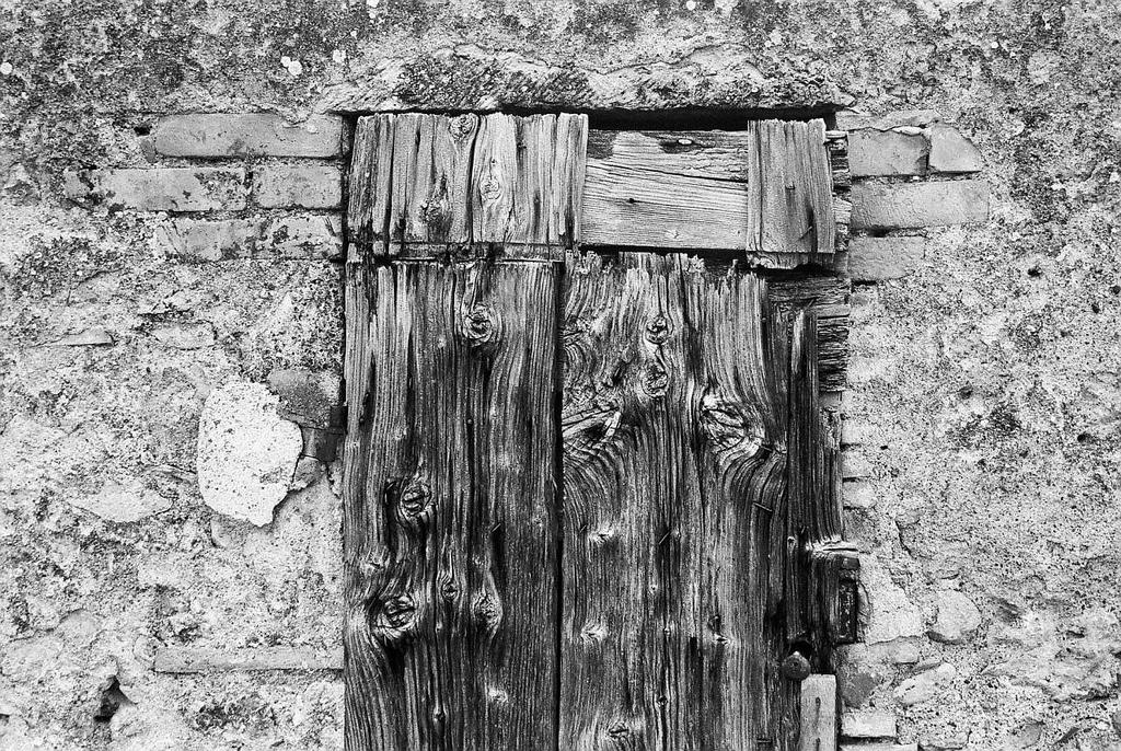 gnarled-monteriggioni_2010